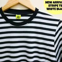 kaos strip putih hitam - kaso stripe - stripe black white - kaos polos