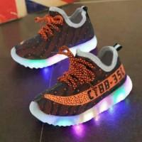 Jual Sepatu walker anak import kets coklat tali orens orange ada lampu LED Murah