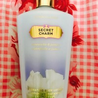 Jual Victoria Secret Secret Charm Hydrating Body Lotion 250 ml / 8.4 oz Murah