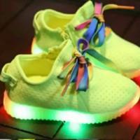 Jual Sepatu walker anak import kets Lime tali rainbow colorfull lampu LED Murah
