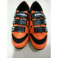 harga Sepatu Sepeda Shimano Mtb Orange Black Tokopedia.com