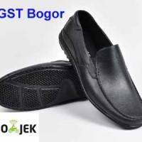 Jual Sepatu Kantor Pantofel Karet Anti Air hitam black Murah