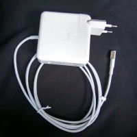 Adaptor MACBOOK Apple 60W MagSafe Power Adapter A1344 Original
