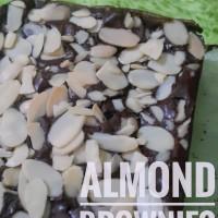 Jual pesanan Celly, 3 brownies almond + 2 keju + 1 nutella Murah