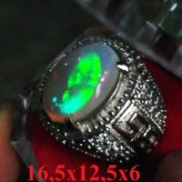 Jual ( Video ) White Opal Kalimaya HQ + Ring Perak / Black Opal Murah