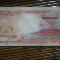 Uang kuno lembaran 100 rupiah tahun 1992 inisial ABK