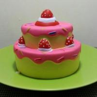 Squishy Slow Cute Kawaii Strawberry Cake Tart Kue Tart Susun Lucu