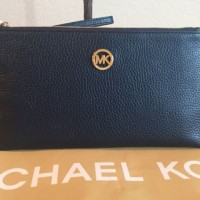 Michael Kors Fulton Black Leather Large Zip Clutch Wristlet ORIGINAL