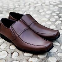 Jual Sepatu Formal Pria Edberth - Moskwa Brown Murah