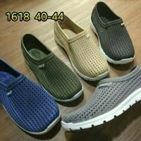 Jual Sepatu Kets Pria / Jelly Shoes / LUOFU 1618 Murah