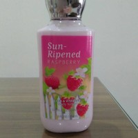 Bath and Body Works Signature Collection Sun Ripened Raspberry Lotion
