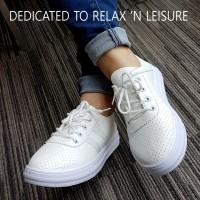 Yadas Korea Sepatu Sneaker Empuk dan Nyaman - Putih