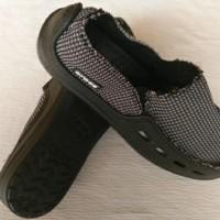 Jual Sepatu Crocs Kanvas 1 warna Berkualitas Murah