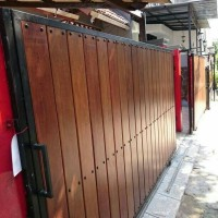Pagar kayu Minimalis MERBAU / BENGKIRAI / ULIN / JATI