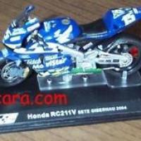 Honda RC211V Sete Gibernau 2004 Moto GP 1/24 Diecast