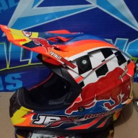 helm cross jpx x8 reed bull red