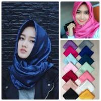 Jual Fashion muslim Scarf Hijab Jilbab Segiempat Satin Emboss Murah