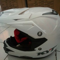 helm kyt over cross trail solid