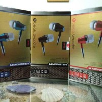 Earphone / Headset beats Monster (by dr. dre) Deep Bass (recommended)