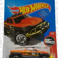 Hot Wheels 2017 HW Rescue Off-Duty Orange