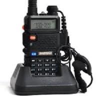 Handy Talkie ( HT) Baofeng BF-UV5R UV5R dual band hitam walkie talkie