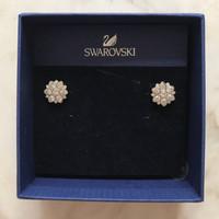 NBU Swarovski Flower Earrings