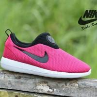 Sepatu Sport Cewek Nike Roshe Run Slip On Grade Ori / RR18