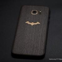 Samsung S8+ / S8 Plus Black Wood Texture Batman Injustice Skin