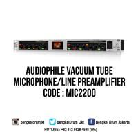 Behringer Microphone Preamplifiers ULTRAGAIN PRO MIC2200