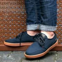 sepatu geoff max original 100 % AUTHENTIC navy gum terbaru