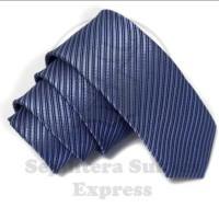 Jual dasi panjang pria motif garis diagonal kilap warna biru jeans Murah