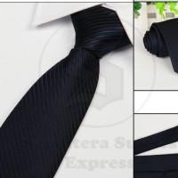 Jual dasi panjang pria motif garis diagonal kilap warna dongker di malang Murah