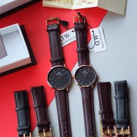 Jam Tangan Couple Pria Wanita DW Daniel Wellington Leather Strap Set
