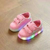 Sepatu anak LED 26-30 Pink Starlight corak army