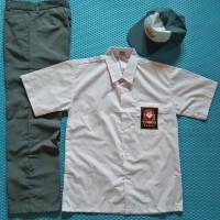 Jual Seragam Sekolah SMA Putih Abu-abu dan Topi untuk Laki-laki Murah