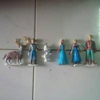 boneka/patung/figurine/hiasan/dekor/frozen/olaf/elsa/anna/ulang tahun/