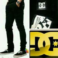 Jual celana jeans hitam skinny/slimfit panjang pria murah keren trendy terl Murah