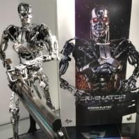 (in stock) Hot Toys Terminator Salvation Edoskeleton T-800 MMS352 1/6