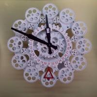 Jam Dinding Roda Mekanikal Wall Gear Clock Mechanical with Calender
