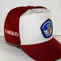 Topi SD logo TUTWURI merah putih