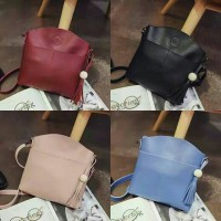 UT1692 - 1695 tas import / tas wanita / slingbag