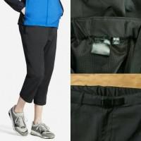 harga Uniqlo Men's Dry Cropped Jogger With Belt Pants True Black Original Tokopedia.com