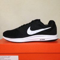 Sepatu Running/Lari Nike Downshifter 7 Black White 852459-002 Original