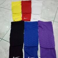 Legsleeve Pad Nike / Legpad / Knee pad Nike / Pelindung Lutut