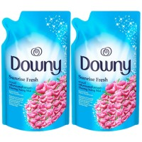 harga Downy Pelembut Pakaian Sunrise Fresh Refill 900ml Paket Isi 2 Tokopedia.com