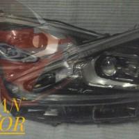Lampu depan Sienta Type Q Original