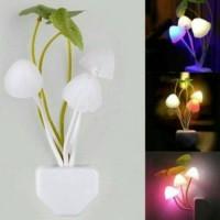 Jual lampu tidur jamur avatar mushroom sensor cahaya led night lamp.  Murah