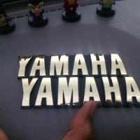 Logo Emblem Tangki Yamaha RX King Stok 1 Set Buat Sepasang Kanan Kiri