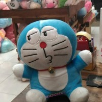 Jual boneka doraemon doll ( kecil besar super jumbo tersedia) Murah