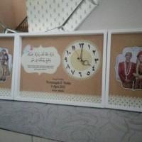 Hiasan jam dinding kaligrafi doa pernikahan untuk kado pernikahan